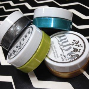 Lot de 4 Pots Nuvo Embellishment Mousse pour le Kit Mini-Album «Mode Rire et Buller»