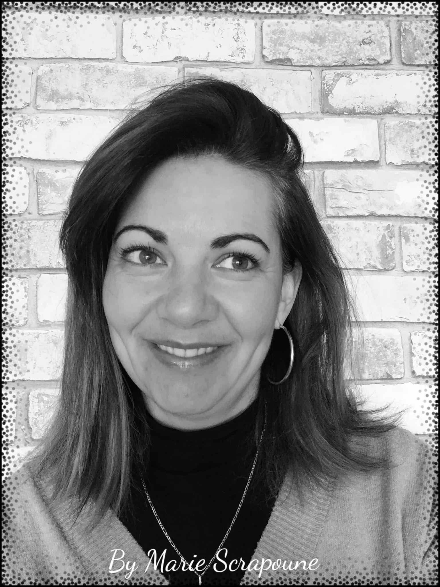 L'invitée créative de la Box de Mars 2021 est …Marie Scrapoune!